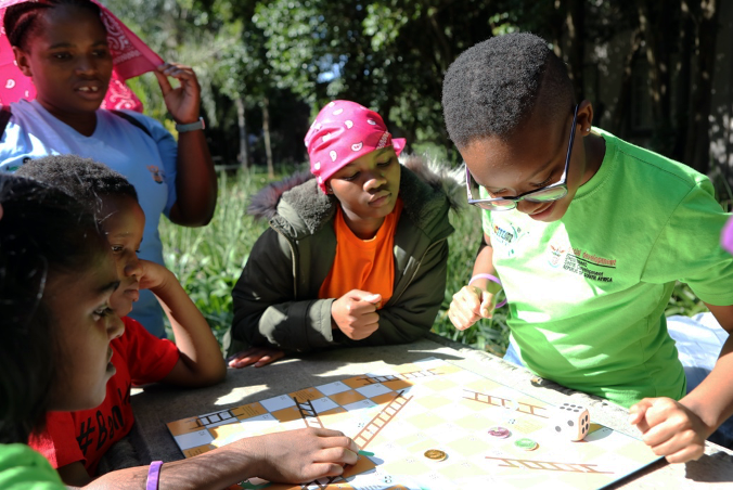 Children take part in games as part of ChommY. (Photo: Tanja Bencun-Roberts/Pact)