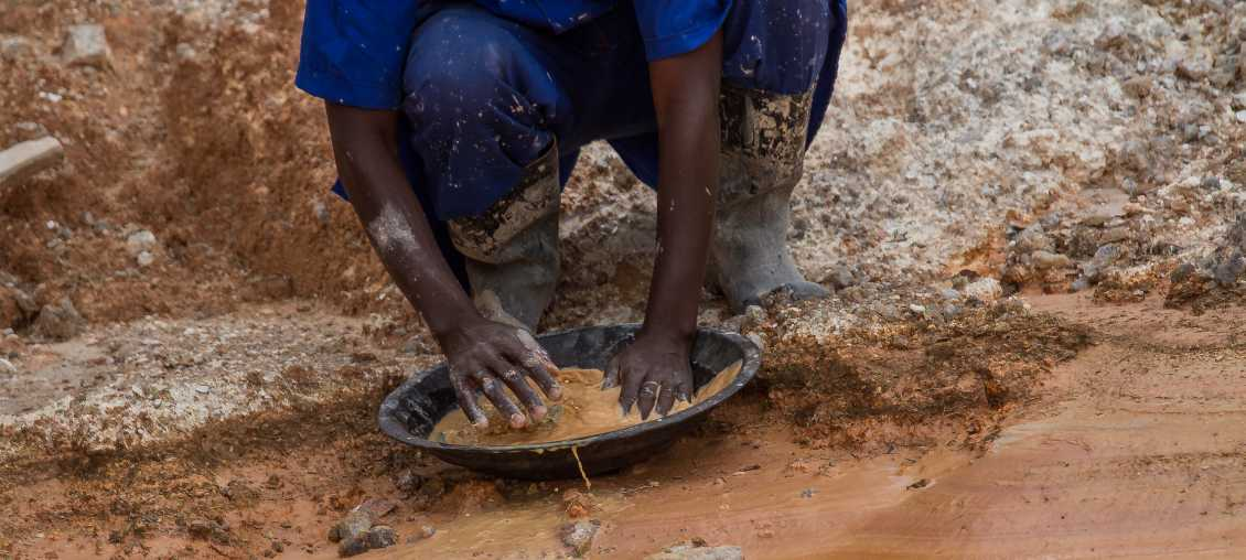 Artisanal, small-scale miner in Rwanda