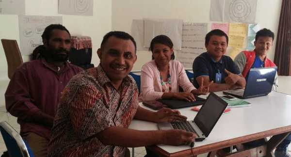 Staff from a LINKAGES community-based organization during a capacity development workshop.