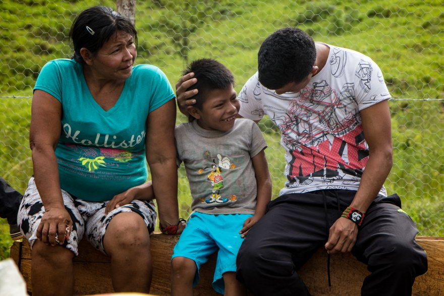 Do community-led programs have a role in Covid-19 vaccine preparedness?  Lessons from Colombia