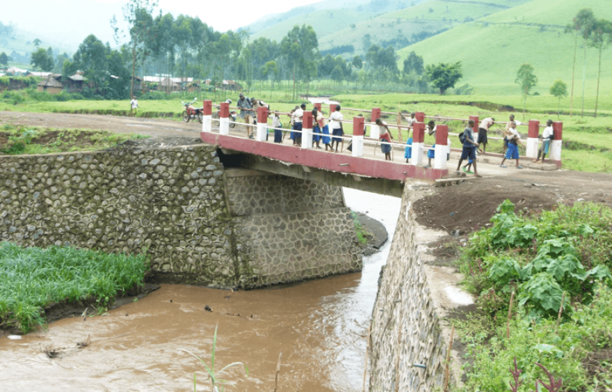 Building bridges from mineral revenue in the DRC