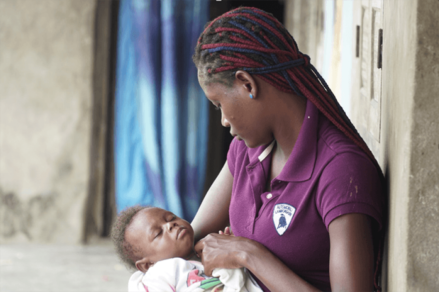With support, an HIV-positive mother in Nigeria gives her baby the gift of health