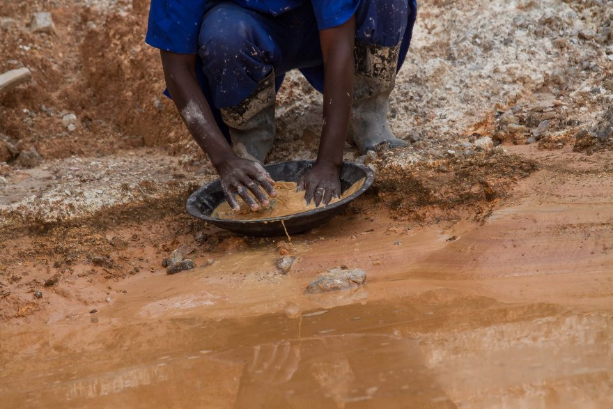 Using data to tell the artisanal and small-scale mining story