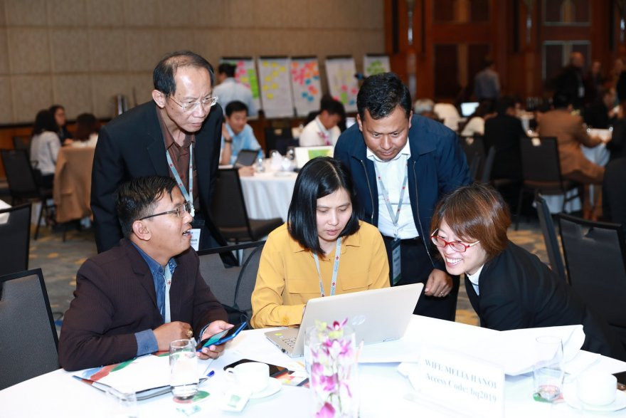 Participants collaborate during the 2019 Mekong Research Symposium in Hanoi, before Covid-19. (Credit: SIP)