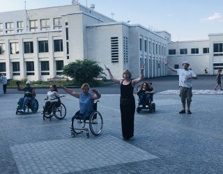 In Ukraine, Pact-supported production '12 Ophelias' promotes rights and inclusion of women with disabilities